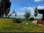154, Zamárdiban vízparti önálló ház nagy kerttel max. 12 fő részére kiadó