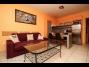 409, Vízparti lakóparkban teljes panorámás, modern 2 hálószobás apartman kiadó max. 7 vendégnek