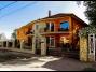 Siófokon a Balatontól 35 méterre mediterrán stílusú apartmanházban szállás kiadó