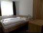 882, Balatonbogláron a Balatontól 150 méterre új építésű apartmanházban félemeletén stúdió apartman kiadó max. 3 fő részére E.3. apartman