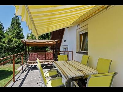 Balatonvilágoson a Balatontól 1500 méterre max. 8 fő részére nyaralóház kiadó