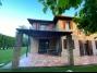 956, Ikerfél nyaralóvilla kiadó a Balatontól 50 méterre, új építésű max. 8+1 főnek